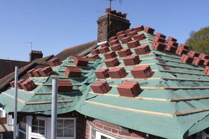 Seasonal Roof Maintenance Tips