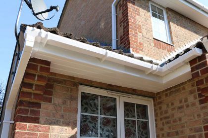 10 Signs It's Time for a Gutter Replacement