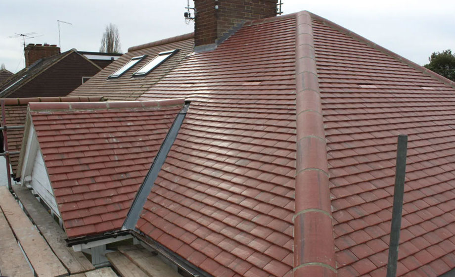 How To Manage The Cost Of A Roof Replacement Project
